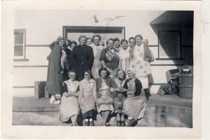 Milnes cannery crew